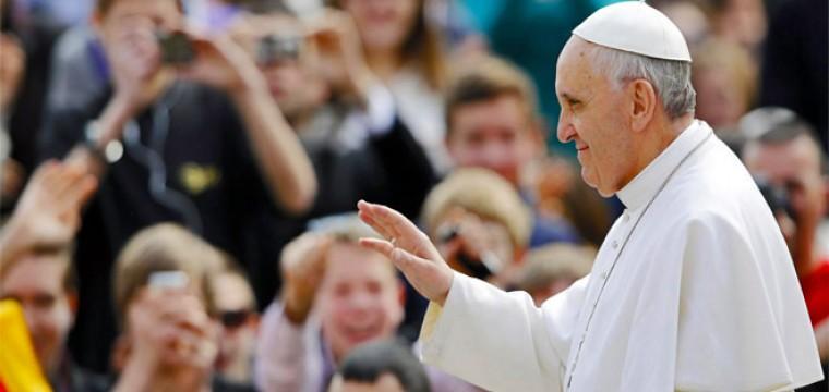 Papa Francesco benedice il Web: Dono di Dio